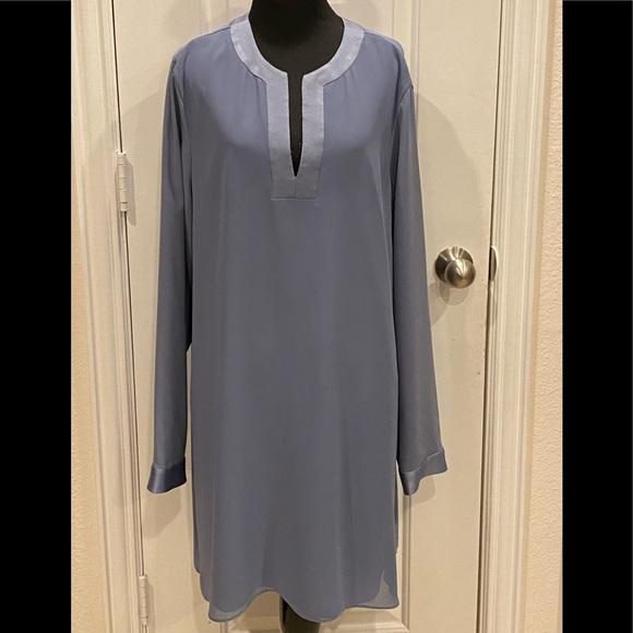 BCBGMaxAzria Dresses & Skirts - BCBG Maxazaria Dress Large